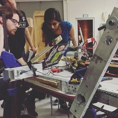 Solving problems with simulated mechanisms. Aiming high! #omgrobots #clapclapwhoosh #iterate #dontgiveup by stormroboticsnj