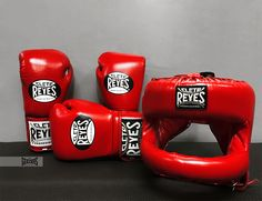 SPECIAL OFFER! For a limited time only, you can get you hands on some legendary RED CLETO REYES equipment at a reduced price. Follow the link below. LINK >> http://www.geezersboxing.co.uk/catalogsearch/result/?manufacturer=165&q=cleto%20reyes #cletoreyes #cleto #reyes #mexico #boxing #sparring #profight #professional #training #fitness #leather #geezersboxing #geezers