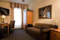 Boystown- City Suites Hotel