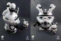 Big_Brother_Stormtrooper_Dunny_QUICCS_01