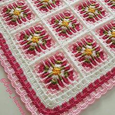 حسب الطلب و للراغبات لوقت محدود 🥰 croché # croché Crochet Square Patterns, Crochet Squares, Crochet Granny, Filet Crochet, Crochet Blanket Patterns, Baby Blanket Crochet, Crochet Motif, Crochet Home, Diy Crochet