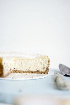 Cannoli Cheesecake - I probably wouldn't like it - but Caity this sounds like your dream dessert Fruit Recipes, Cheesecake Recipes, Sweet Recipes, Dessert Recipes, Cannoli Cake, Tiramisu Cake, Lemon Cheesecake, Recipies, Desert Recipes
