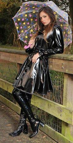 pvc dress with boots Vinyl Raincoat, Pvc Raincoat, Fetish Fashion, Latex Fashion, Imper Pvc, Mode Latex, Black Raincoat, Vinyl Clothing, Look Fashion