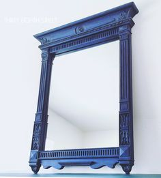 Layering Chalk Paint On A Mirror. How To Layer Multiple Paint Colors. Blending and Layering Paint on Furniture. #thirtyeighthstreet #lchalkpaint #paintedfurniture