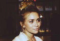 a. olsen. love her hair.