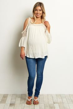 These basic maternity skinny jeans come in our favorite hue this season. A classic skinny jean style for everyday casual wear, and an elastic waistband to comfortably accommodate a growing belly. Style this versatile essential with your favorite maternity top and boots for a perfect look you can wear to any occasion.