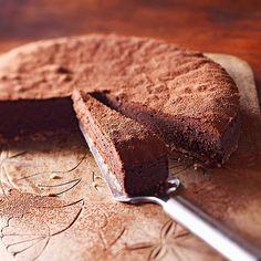 gianduja mousse cake.
