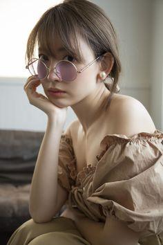 Beautiful Celebrities, Beautiful Actresses, Haruna Kojima, Beautiful Girl Photo, Foto Pose, Girly Outfits, Female Bodies, Girl Photos, Asian Beauty
