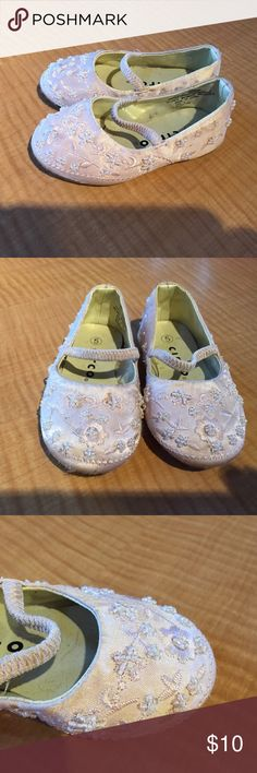 Baby girl shoes Light pink dress shoes w sequins Circo Shoes Dress Shoes