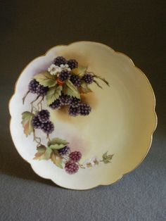 Home Studio Hand Painted Cabinet Plate w/Lush Blackberry Fruit & Blossoms Motif: Artist Signed