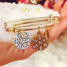 ALEX AND ANI Black Friday Exclusive Snowflake Charm bangle | Individual • Brilliance • Enchant | Caught between the fluidity of water and the solidarity of ice, the snowflake is a transitional symbol that drifts peacefully from above. Though delicate on its own, it creates a powerful force during snowfall, and evokes a sense of calm and awe. Enchant yourself with its radiance and unique beauty.