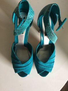 122a1ccbe231 White House Black Market High Heel sandal with half platform   thick heel.Size  8
