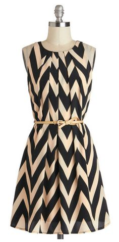 Chic chevron dress black and light tan Pretty Outfits, Pretty Dresses, Cute Outfits, Black And White Outfit, Dress Black, Black Heels, Taupe Dress, Black White, Black Tights
