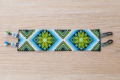 2 Star Huichol Bracelet by Peiote on Etsy Bead Loom Patterns, Beading Patterns, Resin Crafts, Bead Crafts, Beaded Bags, Beaded Jewelry, Native American Beadwork, Seed Bead Bracelets, Friendship Bracelet Patterns