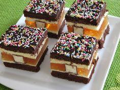 Ciasto jest bardzo smaczne i efektowne, robi wrażenie na gościach. Polecam na różne uroczystości rodzinne. Polish Recipes, Polish Food, Mini Cakes, Tiramisu, Cheesecake, Food And Drink, Eat, Cooking, Ethnic Recipes