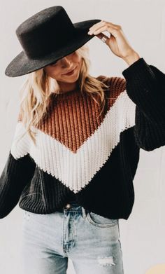 winter outfits travel 21 Beautiful Winter Outfit I - winteroutfits Winter Fashion Outfits, Sweater Fashion, Look Fashion, Autumn Winter Fashion, Fall Outfits, Fall Winter, 2016 Winter, Fashion Women, Fashion Design