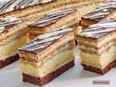 Hungarian Desserts, Hungarian Cake, German Desserts, Hungarian Recipes, Easy Desserts, Cake Recipes, Dessert Recipes, Romanian Food, Wedding Desserts