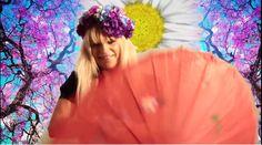 "Cathy Claret - ""Solita por el Mundo"" https://www.youtube.com/watch?v=op96TzwUXVc"