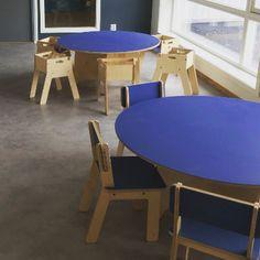 Kvalatre International Fus Kindergarten in Haugesund, Norway. Modern Childrens Furniture, House Drawing, Scandinavian Design, Norway, Kindergarten, Dining Table, Traditional, Flat, Inspiration