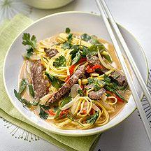 Thai-Curry mit Rindfleisch und Nudeln