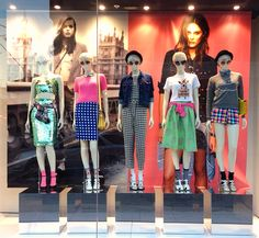Kiss Me Margate window update at Topshop chapel street Melbourne We sell all kinds of mannequins @ www.mannequinmadness.com!