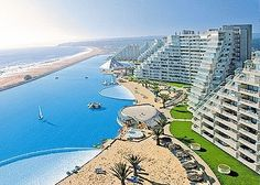 The largest pool in the world - In Chile