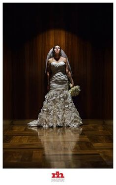Dramatic Bridal Pose | Russ Hickman Photography. Wow my photographer made me a pin!