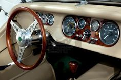 Creme #classic #car #vintage #interior #fancy #classy #oldschool