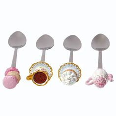 Cute spoons!!! I have those...