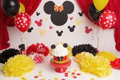 One Dimple Photography_DFW Mickey Mouse themed cake smash photographer