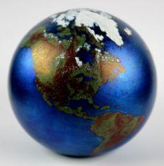 Lundberg Studios 1991 Art Glass Planet Earth World Globe Iridescent Paperweight