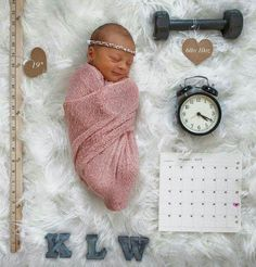 Great way to display weight, length, birth time, and birthday
