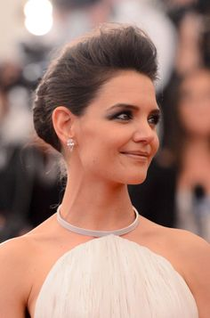 A smoky eye and textured pompadour for Katie Holmes at the 2013 Met Gala