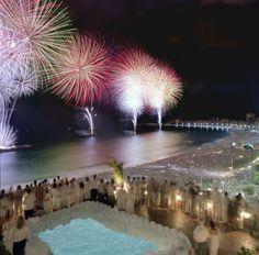 New Year's Eve Fireworks 2004 in Copacabana Beach, Rio de Janeiro_ Brazil Happy New Year 2016, Happy New Year Wishes, New Years 2016, Copacabana Beach, 3d Christmas, Christmas And New Year, Beach Christmas, Windsor, New Year Breaks