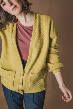 Buy the Jamie Cardigan sewing pattern from Ready to Sew, with a modern, casual and oversized fit, Jamie is your new best friend. Coat Pattern Sewing, Coat Patterns, Sewing Patterns, Sewing Ideas, Sewing Projects, Wrap Pants, Dress Making Patterns, Sewing Blogs, Oversized Cardigan