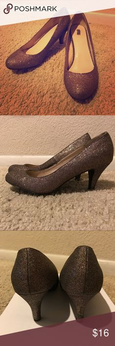 ✨sparkly high heels Glitter high heels, super comfortable and in great condition ! Shoes Heels
