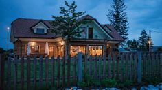 #Biobauernhof Trnulja - Hotels - Urlaub - die BIO HOTELS Hotels, Cabin, Mansions, House Styles, Home Decor, Slovenia, Vacation, Viajes, Decoration Home