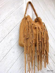 Bohemian Leather Long Fringe Bag in Golden Brown por stacyleigh
