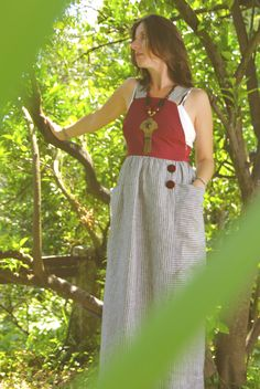 US007  Tamanho | Size: S/M  Descrição | Description: Saia com corpete para legins | Skirt with bodice for legins  Composição | Composition: Linho/Algodão | Linen / Cotton  Preço | Price: 80€