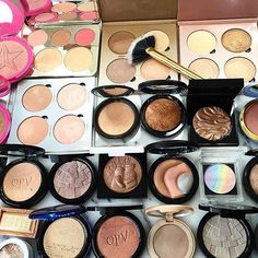 Highlight Heaven Coming soon to Contour Lux! Sleek Makeup, Dramatic Makeup, Glam Makeup, Beauty Makeup, Hair Makeup, Royal Beauty, Pure Beauty, Beauty Tips, Imperfection Is Beauty