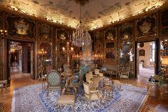 Chanel Métiers d'art 2015 at The Schloss Leopoldskron in Salzburg (by Olivier Saillant) #ChanelSalzburg Visit espritdegabrielle.com | L'héritage de Coco Chanel #espritdegabrielle
