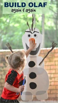 Make a life-size Olaf with your preschooler with this step by step DIY activity! A cute rainy day activity for younger kids!
