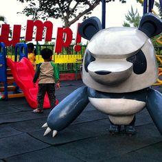 Bootlegged Art Toy Characters Seen in East Java Zoo