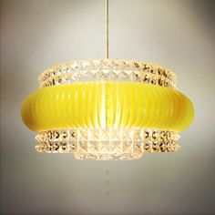 Extraordinary hanging  light from the 1970's.
