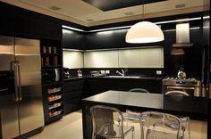 interiores cozinha - Pesquisa Google Decor, Kitchen Cabinet Design, Interior, Home, Home Remodeling, Arclinea Kitchen, Kitchen Dining, Home Kitchens, Kitchen Design