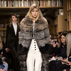 harpersbazaar:  The 20 Best Looks from Fall Fashion Week 2015 Photo credits: Imaxtree