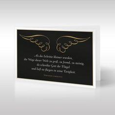 Die anmutige Design-Trauerkarte im Hochformat zeigt goldene Flügel und einen dazu passenden Trauerspruch eines unbekannten Verfassers. Sich kringelnde Streifen bilden ein zartes Flügelpaar, welches sich abhebt vom schweren schwarzen Hintergrund. https://www.design-trauerkarten.de/produkt/engelsfluegel-2/: