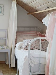 Depósito Santa Mariah: Muito Charme Cottage!