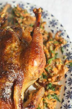 Poularde de Bresse farcie sous la peau avec un beurre d'herbes Best Diner, French Food, No Cook Meals, Bon Appetit, Poultry, Chicken Recipes, Cravings, Good Food, Pork