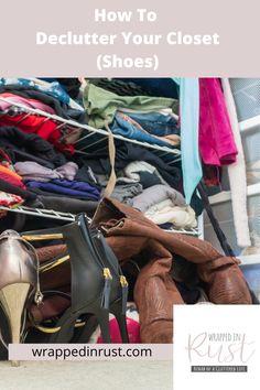 How to Declutter Your Closet: Ideas, Organization, Clothes, Shoes Diy Master Closet, Diy Closet Doors, Build A Closet, Declutter Bedroom, Declutter Home, Decluttering, Desk Organization Tips, Bedroom Organization, Organizing Ideas